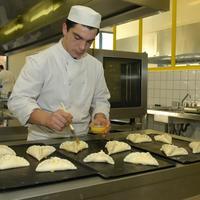 Bac pro cuisine - Commis de cuisine definition ...
